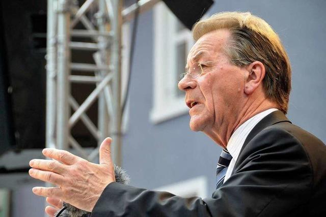 Franz Müntefering wirbt in Freiburg für die SPD