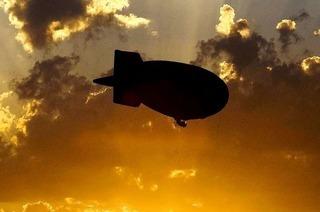 Grenzenlose Freiheit über den Wolken