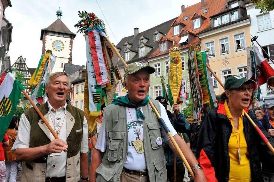 Fotos: Wanderer aus ganz Deutschland bilden Festumzug