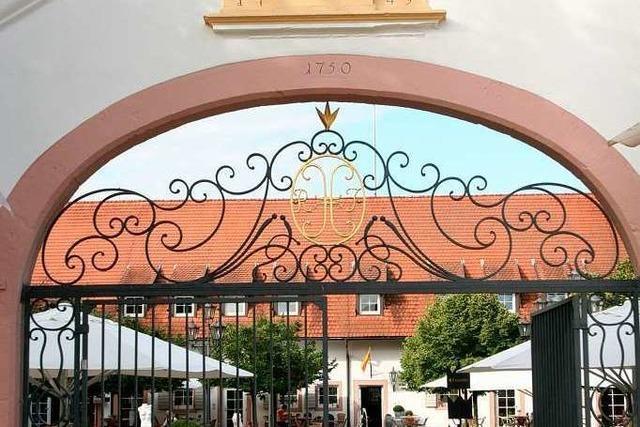 Freiburg: s' Herrehus im Schloss Reinach