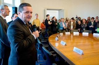 Stuttgart 21: Ministerpräsident Mappus gibt kämpferisch
