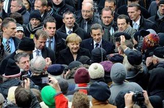 Spritzattacke auf Merkel und Sarkozy in Freiburg