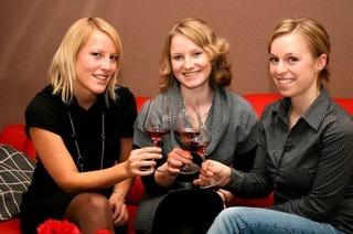 Drei Ex-Weinhoheiten gründen Firma Evadisa