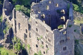 """Ruine Hohengeroldseck: Ein """"Ritterpfad"""" führt zur Burg"""