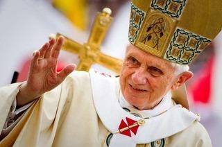 Papst Benedikt XVI. trifft in Freiburg Helmut Kohl