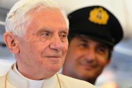 Fotos: Der Papst landet in Berlin