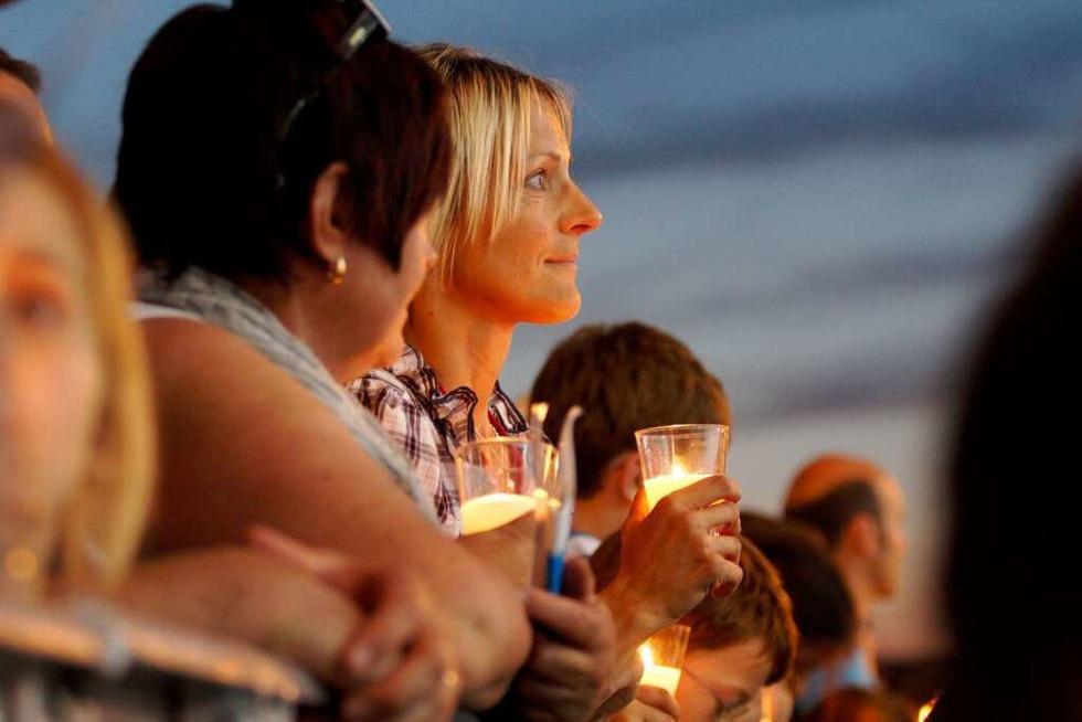 Wie war's bei … der Jugendvigil auf der Neuen Messe? - Badische Zeitung TICKET