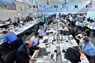 Medienzentrum: Eine Sporthalle für 1621 Berichterstatter