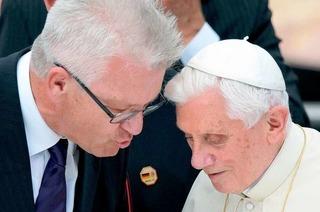 Kretschmann: Kirche geht zu wenig auf Kritik ein