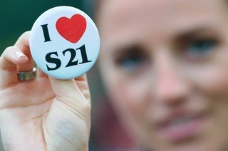Buttonverbot zu Stuttgart 21 ist nicht rechtens