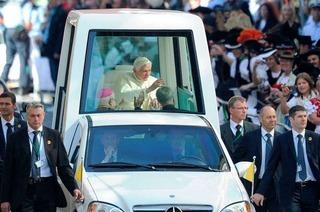 Papstbesuch: War er uns das wert?