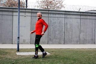 Freiburg Marathon: Rückwärts laufen für einen guten Zweck