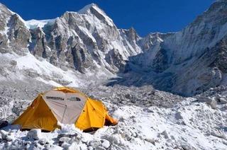Sprachengewirr im riesigen Mount-Everest-Basislager