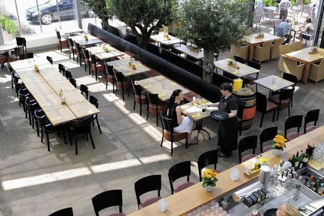 Vinolivio in Schallstadt: Speisen im Glashaus