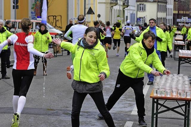 Sie halten den Marathon am Laufen