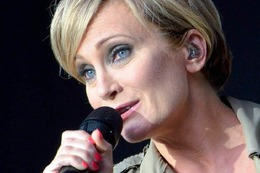 Fotos: Patricia Kaas chante Piaf beim Stimmenfestival in L�rrach