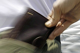 Was tun, wenn im Urlaub das Portemonnaie weg ist ?