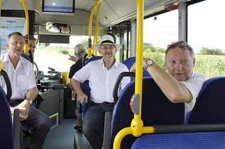 Mit der neuen Buslinie auf Jungfernfahrt
