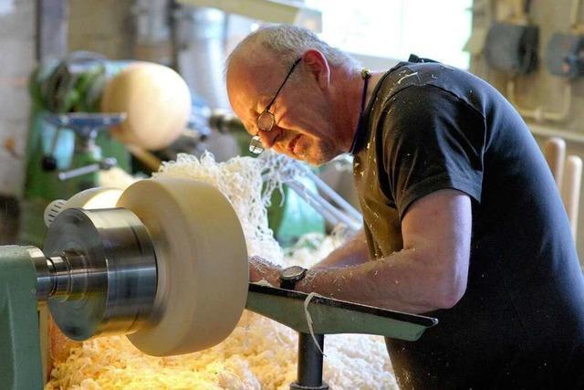 Design trifft Handwerk: Drechsler im Schwarzwald