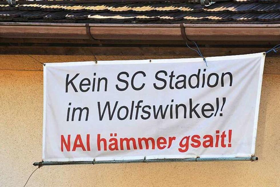 """Stadiondebatte: Bürgerinitiative """"Pro Wolfswinkel"""" engagiert Rechtsbeistand - Badische Zeitung TICKET"""