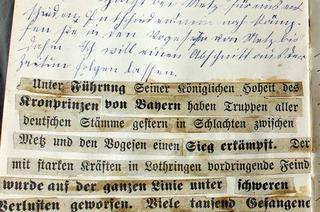 """""""Muschi strickt fürs Rote Kreuz graue Strümpfe"""""""