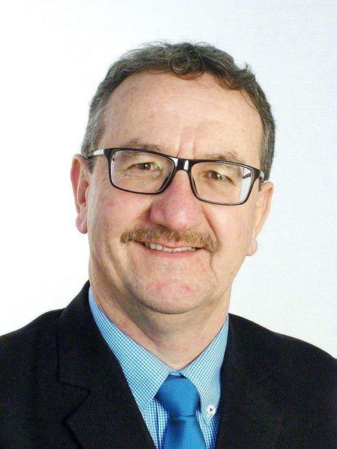 Bürgermeisterwahl in Gundelfingen: Fünf Kandidaten gehen ins Rennen - Badische Zeitung TICKET
