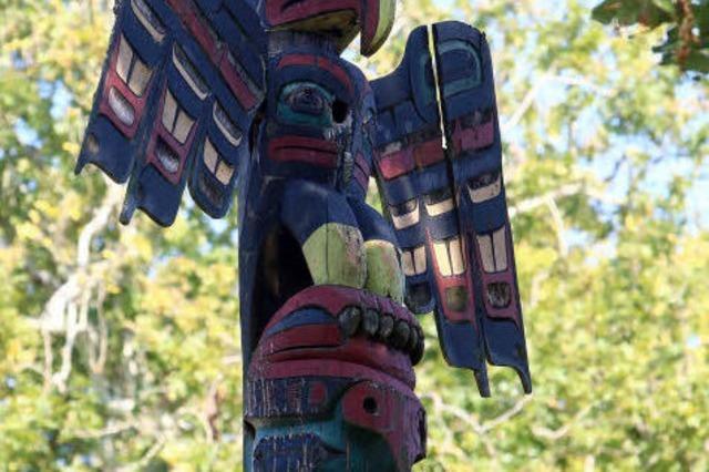 SKULPTUREN IN LAHR: Der Donnervogel als Friedenssymbol