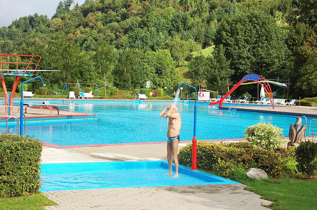 mach blau schwimmbad denzlingen