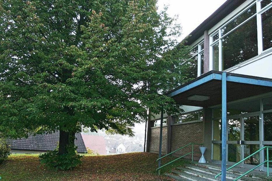 Schulbuckhalle Bombach - Kenzingen
