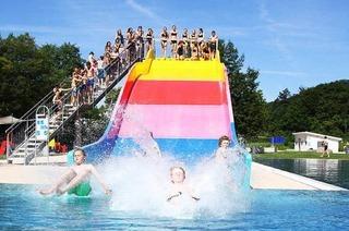 Mach Blau - Sport- und Familienbad