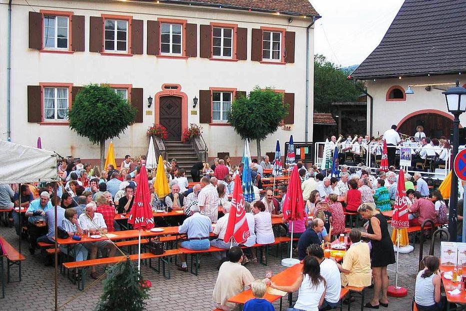 Rathausplatz Obereggenen - Schliengen