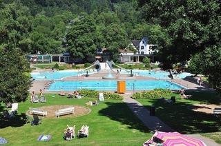 Sport- und Freizeitbad