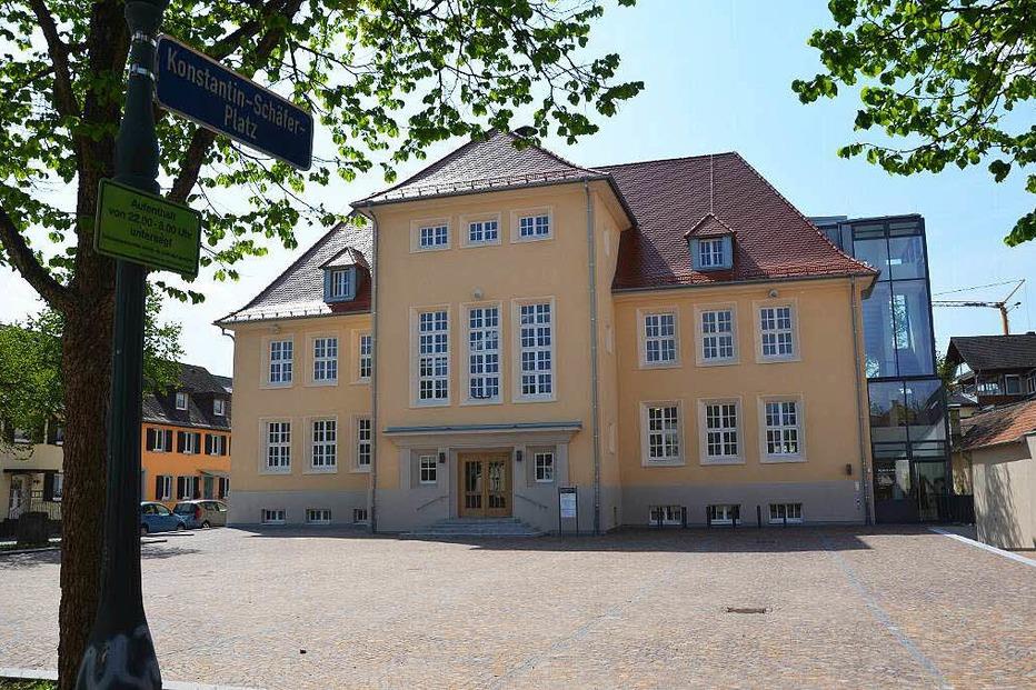 Konstantin-Schäfer-Platz - Neuenburg am Rhein