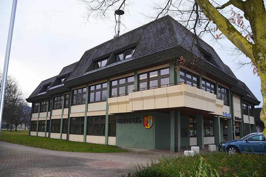 Rathaus - Ehrenkirchen