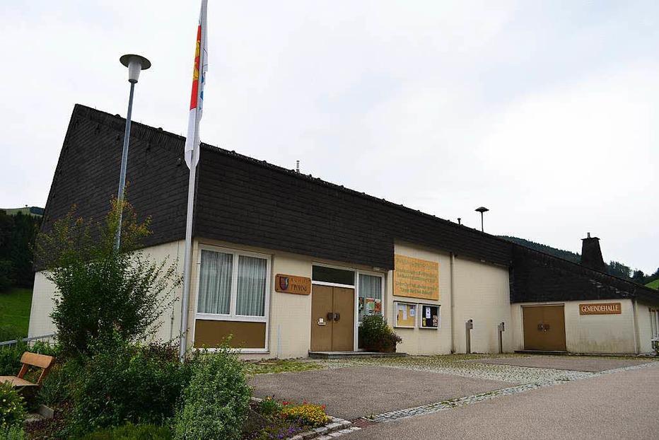 Gemeindehalle - Fröhnd