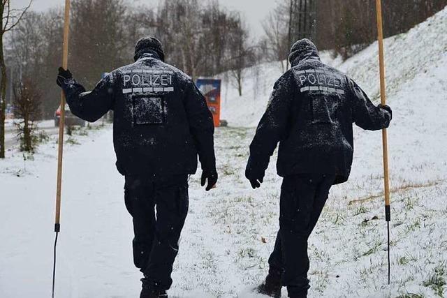 Verbrechen: Toter auf Acker in Neuenburg gefunden