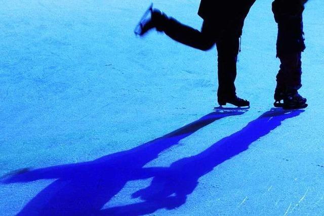 Eisbahnen und Eishallen