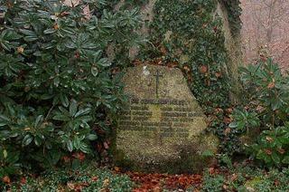 Ein Findling fürs Kriegerdenkmal