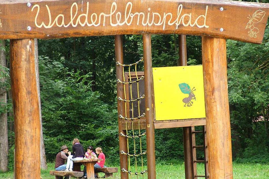 Spielplatz Erlenschachenwald - B�tzingen