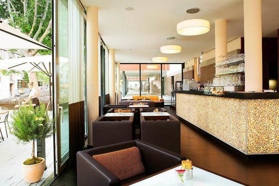 Vis � vis � Lounge-Bar im Hotel am Stadtgarten - Freiburg