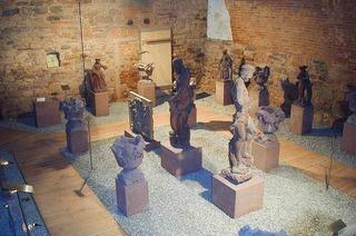 Lapidarium im Garten des Vinzentiushauses