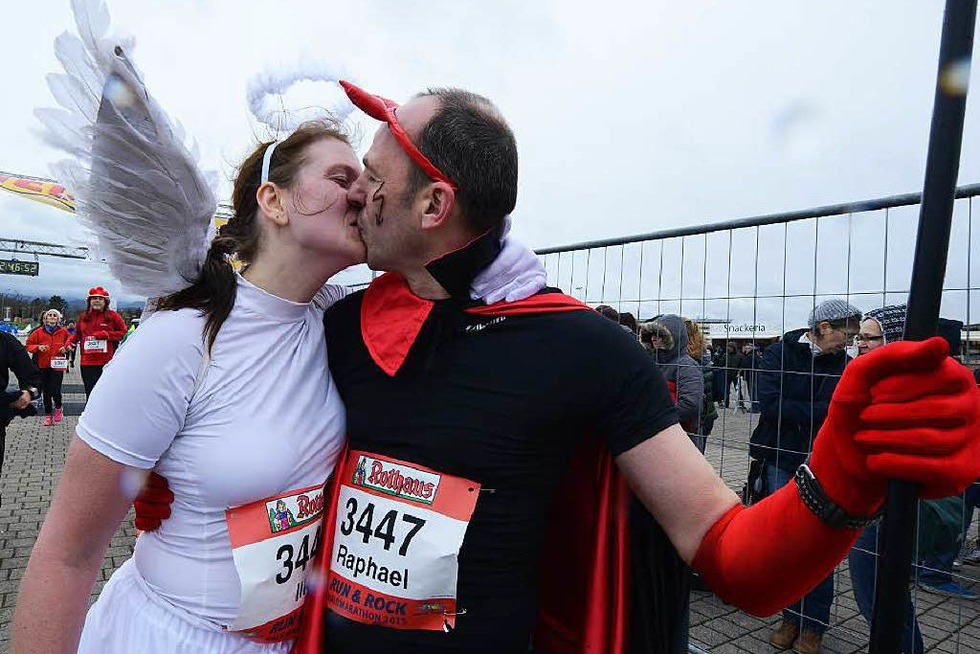 Läufer trotzen beim 12. Freiburg-Marathon Wind und Wetter - Badische Zeitung TICKET