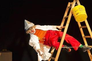 Zirkuszelt auf dem Zirkusplatz