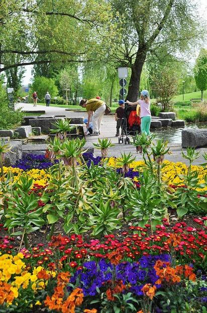 Gr�n 80 (Park im Gr�nen) - M�nchenstein