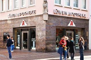 L�wen-Apotheke