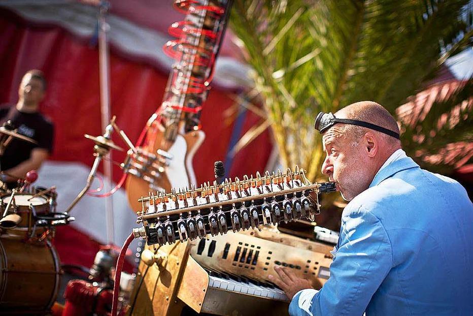 Zelt-Musik-Festival Open-Air-Bühne - Freiburg