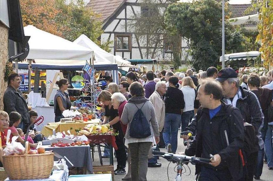 Kunsthandwerkermarkt Holzen in Kandern - Badische Zeitung TICKET
