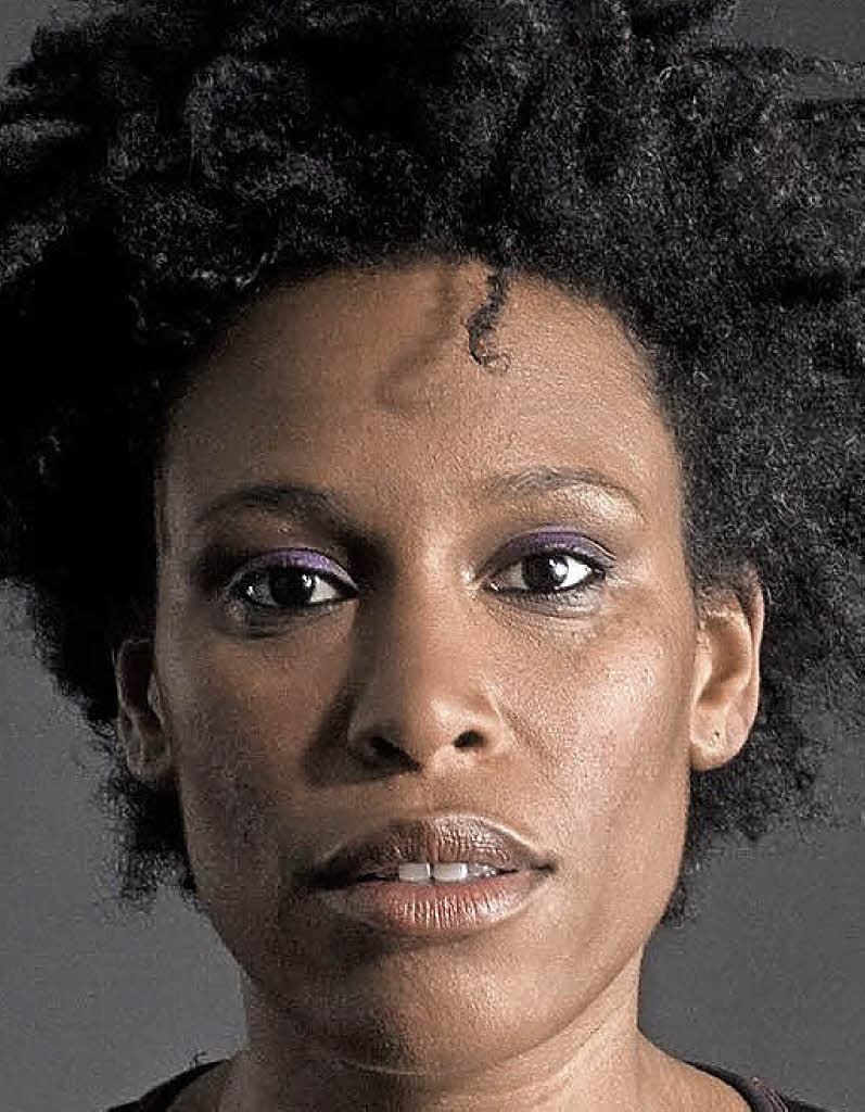 Sandra Nkake Nude Photos 78