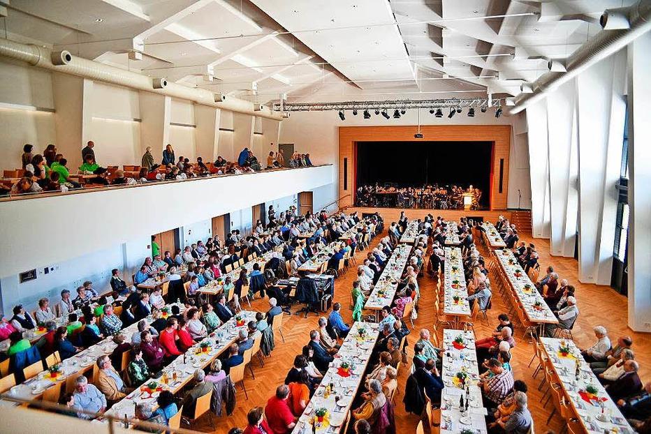 Stadthalle - Br�unlingen