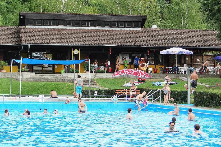 Schwimmbad Oberrotweil - Vogtsburg